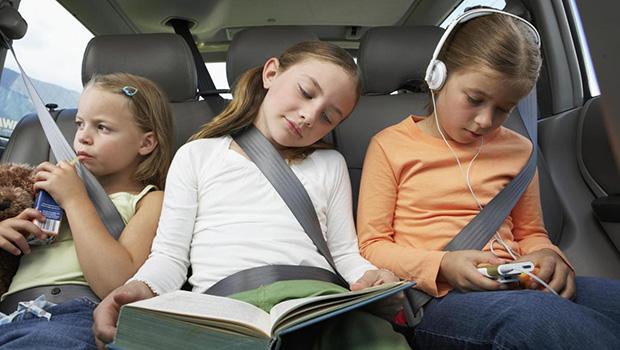 Consigli per viaggiare con i bambini in autobus