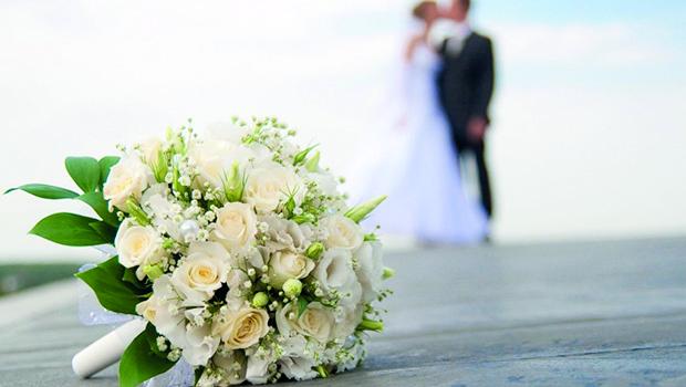 La moda di spostare gli invitati in pullman al tuo matrimonio