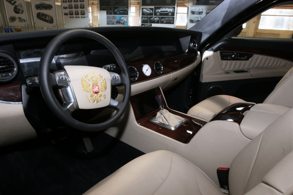 Arriva la nuova limousine fatta in Russia